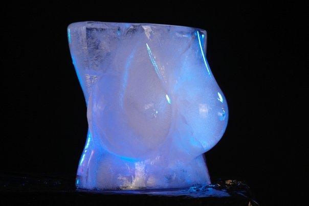 iceboobs3